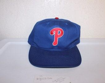 4f06af3c5068a Vintage 90 s Philadelphia Phillies Snapback by Twins