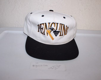 b99a881618e Vintage 90 s Pittsburgh Penguins Snapback by Headmaster
