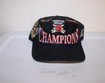4c01e74b884 Vintage 90 s NBA Champions Chicago Bulls Snapback by Logo Athletic