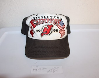 Vintage 1995 Stanley Cup Champions New Jersey Devils Snapback by Starter a9cf2ecbc