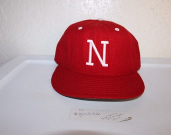 watch 33a38 f9cd1 Vintage 90 s University of Nebraska Huskers Fitted Hat Size 7 1 4 by New Era