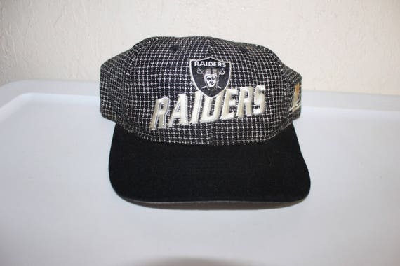 Vintage 90 s Los Angeles Raiders Baseball Hat by Starter  7aa24254f