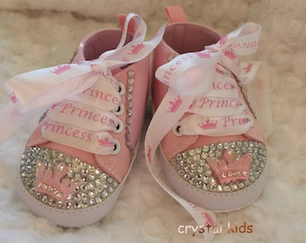 4700bf59db7c Gorgeous Pink Sparkly Princess Baby Girls Shoes Reborn Pink Boots Pram Shoes  0-6, 6-9, 9-12 , 12-18 Months BRAND NEW in box