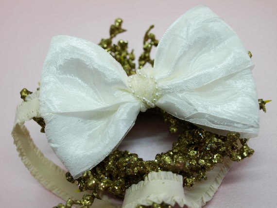 Pearl Heart Hair Bow Girls Ivory Lace Christening Wedding Hair Bow HANDMADE