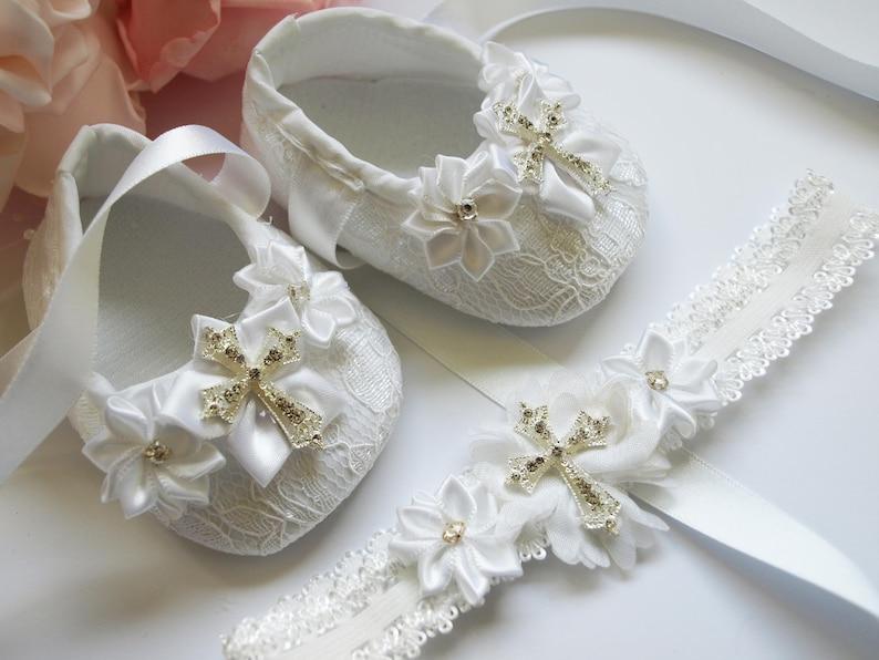 Baby Girls White Christening Shoes White Satin Flowers Pram Shoes 0-3 3-6 6-12 M