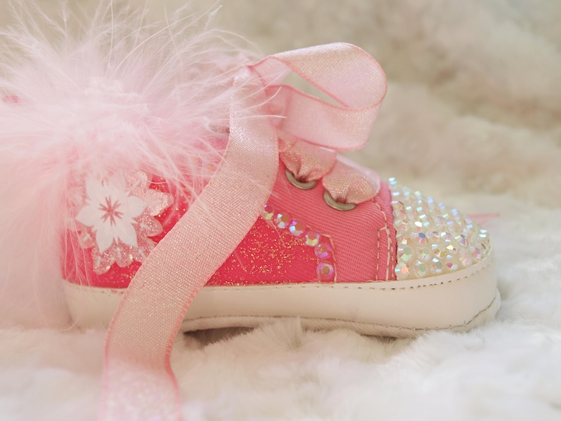 a6caa3612682e Gorgeous Pink Sparkly Glitter Baby Girls Shoes Reborn Boots Pram Shoes Crib  Shoes 0-6, 6-9, 9-12 Months BRAND NEW Shoe and Headband