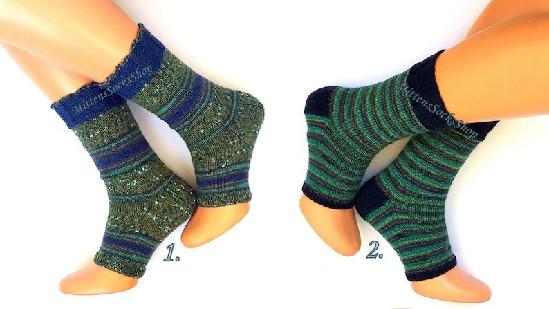 f15d8a4e8b282 Knit Yoga Socks with Heel Green Blue Yoga Socks Dance Socks