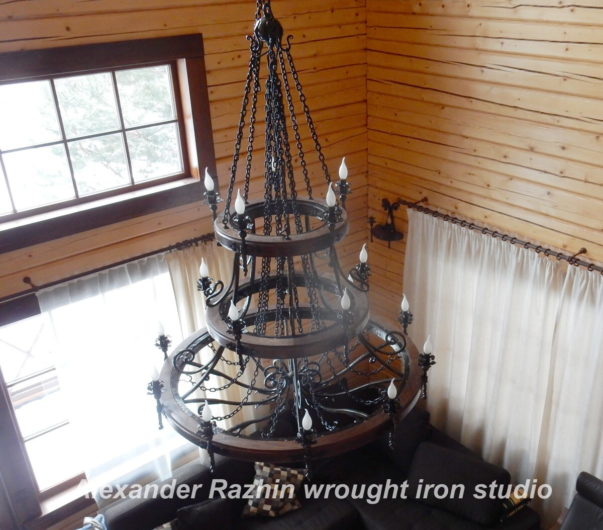 Large Wrought Iron Chandelier Wagon Wheel Style.20 Bulbs