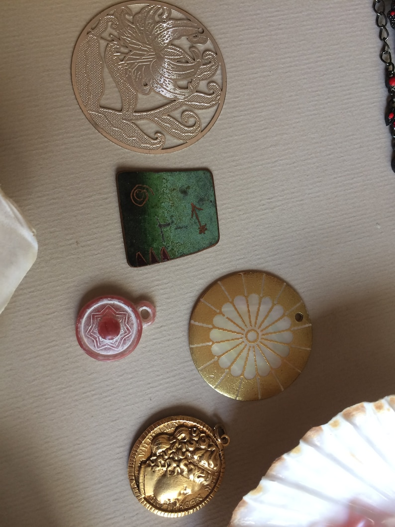 Treasure Trove of Vintage Beads Glass Wood Acrylic