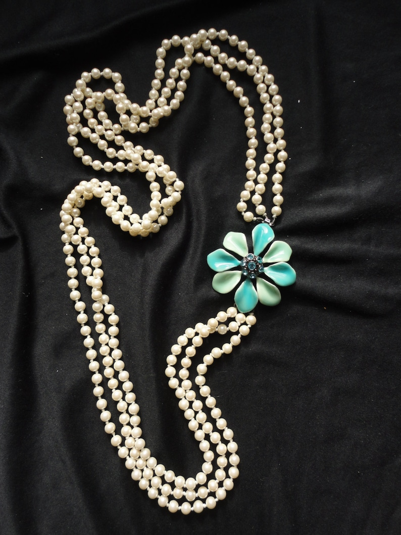 Bridal & Wedding Party Jewelry Multi Strand Choker Style Necklace With White And Mint Green Glass Pearls Fine Workmanship