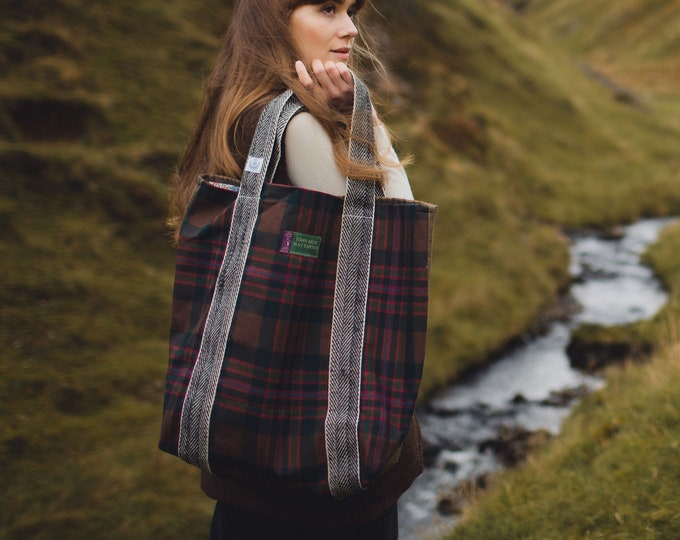 Teasel Oversized Scottish Wool Tote bag with Liberty Print Lining