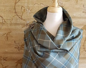 Weathered Douglas Outlandish Shawl with Optional Clan Fraser Pin Selection *FREE SHIPPING*