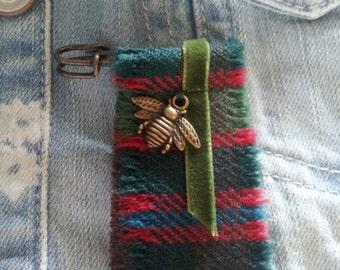 John Muir Way tartan Kilt Pin Bee Charm Brooch