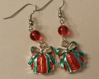 Silver Red and Green Christmas Present crystals  Earrings V4210
