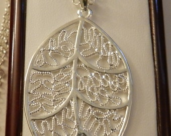 Large Filgree Leaf  Necklace V1