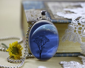 Mystical Horizons Moons Silhouettes Oval Necklace V9