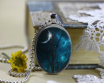 Mystical Horizons Moons Silhouettes Oval Pendant V7