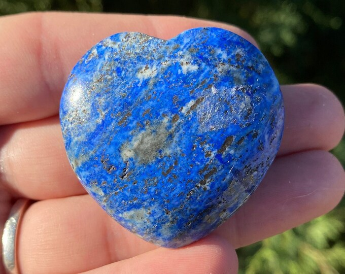 Lapis Lazuli Gemstone Heart / Communication / Intuition / Inner Power