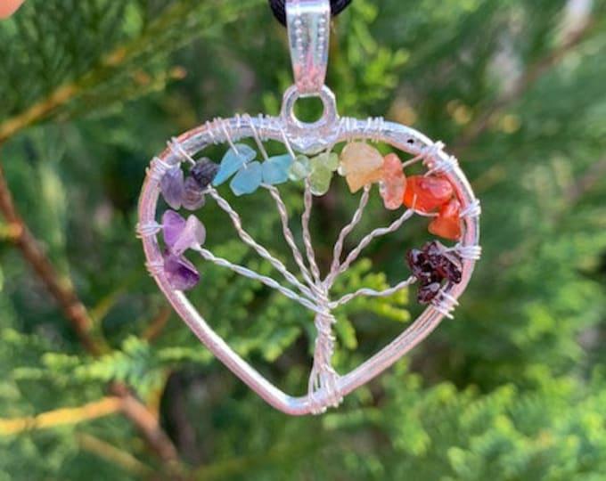 Chakra Heart Tree of Life Pendant / Balance / Clarity / Meditation Shielding / Grounding / Boho Jewelry
