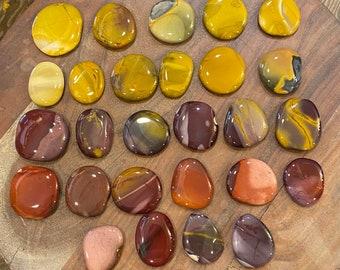 Mookaite Jasper Worry Stone / Palm Stone /Power Stone / Protection / Awareness / Intuition / Healing