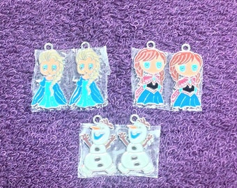 Frozen character charms. Includes Anna, Elsa and Olaf