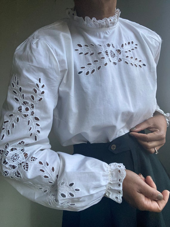 vintage hand embroidered peasant blouse