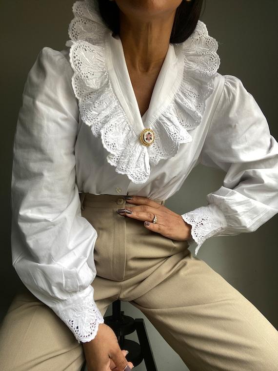 vintage 80s 90s does victorian romantic cotton eye