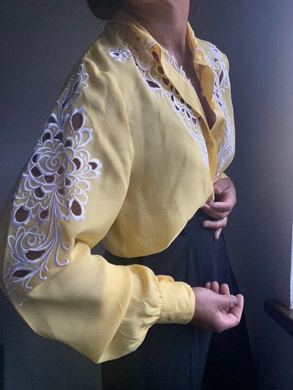 vintage pure silk embroidered sheer statement blo… - image 4
