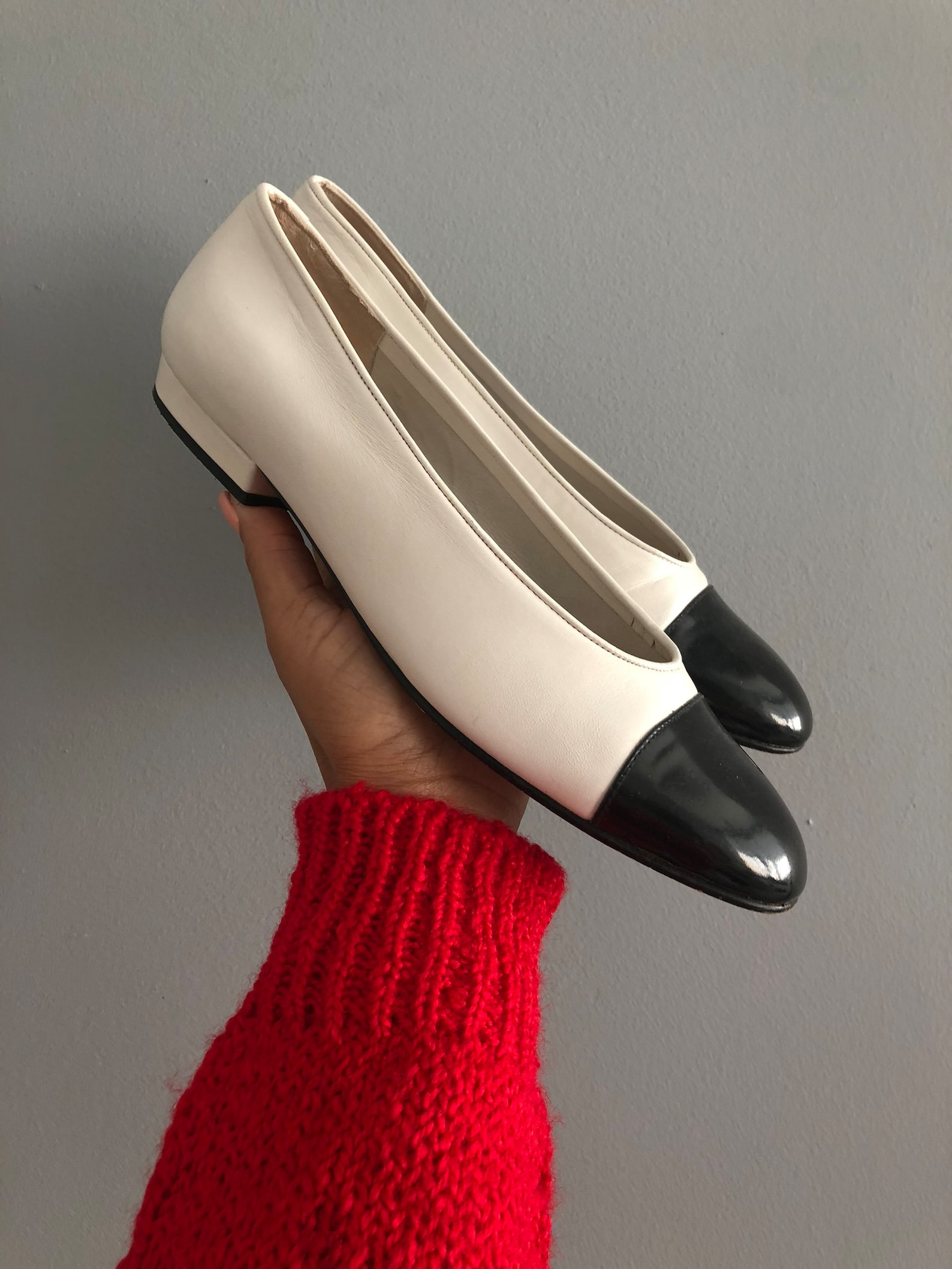 vintage classic ultra chic double tone color block double tone spanish leather heeled ballet style flat slip on