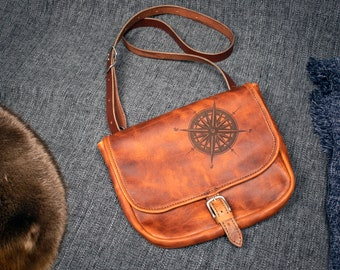 IN STOCK Compass Rose Bison Saddlebag
