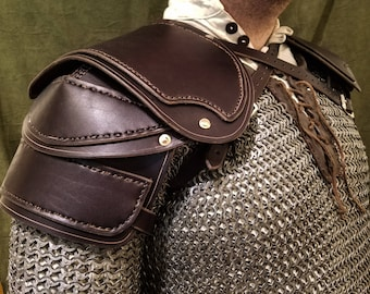 Shoulder Armor Style 3