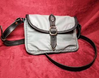 Soft Leather Purse.