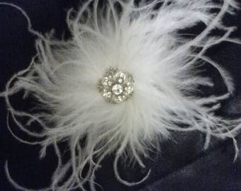 Feather hair clip, Fascinator, feather fascinator, Gatsby Wedding, feathered wedding, wedding hair clip