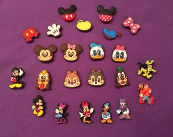 Mickey Mouse Clubhouse Shoe Charms for Crocs, Silicone Bracelet Charms, Party Favors, Jibbitz, Mickey and Minnie PVC Necklaces/Keychains
