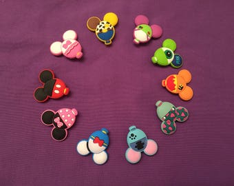 10-pc Mickey Head different Disney Characters, Cute disney characters  Shoe Charms for Crocs, Silicone Bracelet, Party Favors, Jibbitz