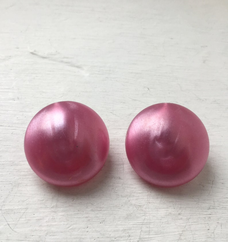 Vintage 1960s Pink Button Clip On Earrings Pink 60s Jewelry Mid Century Jewellery Pink Jewelry Mod Jewellery