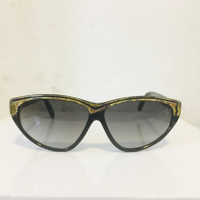 Chunky Retro Vintage Style Womens Cat Eye Sunglasses Shades Gray