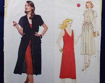 Renata Sewing Pattern for a Dress in Size 12 - Vogue French Boutique 2164