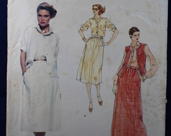 Calvin Klein Sewing Pattern for a Woman's Shirt, Vest & Skirt in Size 16 - Vogue 1672