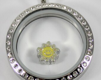 You Choose ~ Sunglasses Passport Sun Shoe Daisy Heart Hope Air Balloon Basket  Gold or Silver Color  Floating Charm for Memory Glass Locket