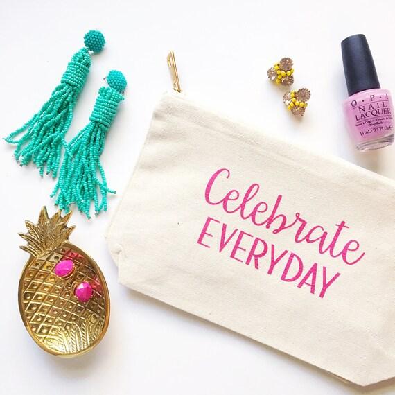Personalized makeup bag, custom travel bag, canvas makeup bag, monogrammed bag, bridesmaid gift, bachelorette party gift, monogram dop kit