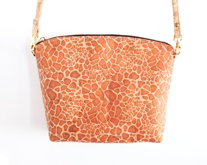 Crossbody Bag, Lulu Crossbody, Cork Crossbody, Giraffe Print, Giraffe Pattern, Animal Print, Ready to Ship, Mulberry Hill Design