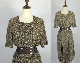 Japanese Vintage 1970s Floral Summer Dress   Day Dress   Party Dress   Made  in Japan   Size Medium ca5ae85ab02af