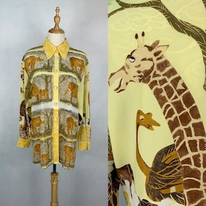 Cute Japanese Vintage Animals Pattern Blouse  Summer Blouse  Made in Japan  Size Medium Large