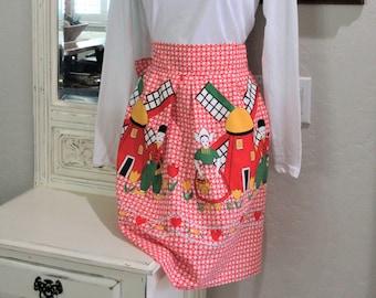 Red Half Apron 1960 Embroidered Trim Pennsylvania Dutch Design Country Retro Kitchen Kitsch