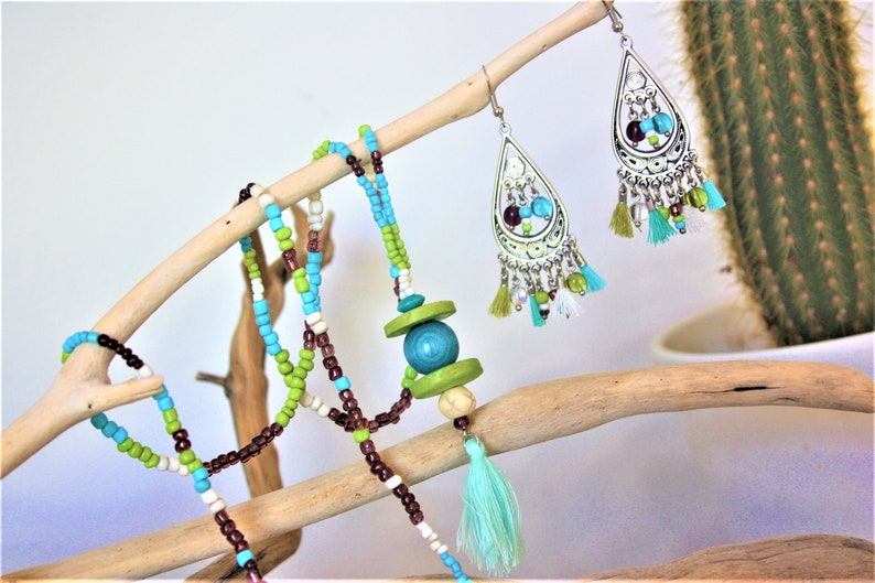 turquoise or coral spirit Necklace and earrings ethnic tassel with beads tropical collection