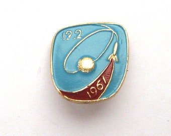 Soviet Badge 1980s Badminton Pick from Set Sports Kinds of sport Made in USSR Shuttlecock Vintage metal collectible pins