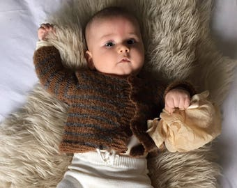 3-6 months. Pure alpaca handknitted sweater, hand knitted for baby, alpaca cardigan, baby sweater, baby alpaca sweater