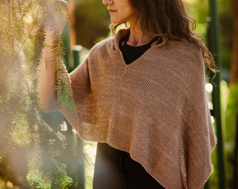 Pure baby Alpaca Poncho, woman poncho. Hand Knitted