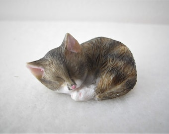 Vintage Gray And White Cat Kitten Miniature Dollhouse Doll House Picture